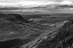 Beaux montagnes et loch Torridon, Ecosse, R-U de Wester Ross Photos libres de droits