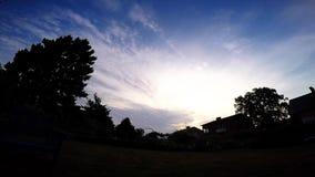 Beaux nuages au-dessus de la Suède banque de vidéos