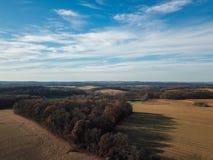 Beaux nuages au-dessus du comté de York du sud rural dans la nouvelle liberté, photos stock