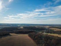 Beaux nuages au-dessus du comté de York du sud rural dans la nouvelle liberté, photographie stock libre de droits