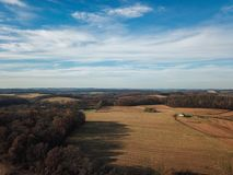 Beaux nuages au-dessus du comté de York du sud rural dans la nouvelle liberté, images stock