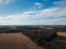 Beaux nuages au-dessus du comté de York du sud rural dans la nouvelle liberté, photo stock