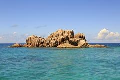 Beaux rochers énormes de granit de St Pierre Photos stock