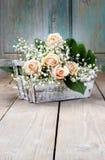 Beaux roses et paniculata roses de gypsophila Photo libre de droits