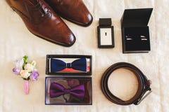 Beaux vêtements de mode réglés pour les hommes Photo stock