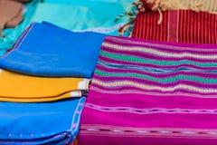 Beaux vêtements tribals thaïlandais et style tribal de textile dans l'aucun Photographie stock libre de droits