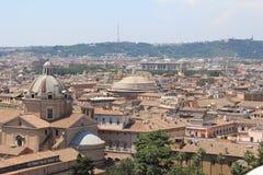 Beaux vieux hublots à Rome (Italie) Images stock