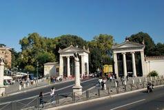 Beaux vieux hublots à Rome (Italie) Photos stock
