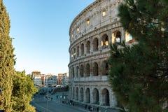 Beaux vieux hublots à Rome (Italie) 5 décembre 2017 : Colosseum à Rome photo libre de droits