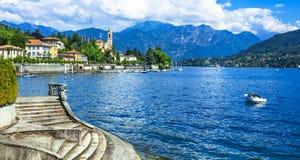 beaux villages de Lago di Como images libres de droits