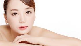 Beaux visages des femmes asiatiques Images stock