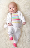 Bebé alegre (muchacha 1.5 meses) Fotos de archivo libres de regalías
