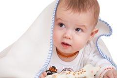 Bebé bajo la manta Imágenes de archivo libres de regalías