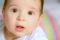 Bebé boquiabierto Fotografía de archivo