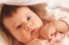 Bebé cariñoso del tiempo foto de archivo