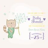 Bebé Cat Holding Flower - fiesta de bienvenida al bebé o tarjeta de llegada stock de ilustración