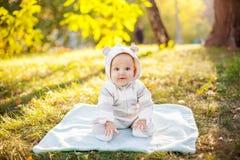 Bebé caucásico lindo fotografía de archivo