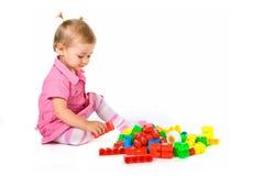 Bebé com blocos imagens de stock