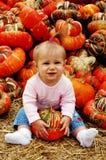 Bebé con calabaza Fotografía de archivo libre de regalías