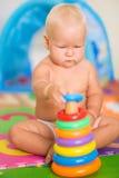 Bebé con el juguete Fotos de archivo libres de regalías