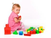 Bebé con los bloques imagen de archivo