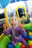 Bebé con los globos Fotos de archivo libres de regalías