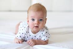 Bebé con los ojos azules Fotos de archivo libres de regalías