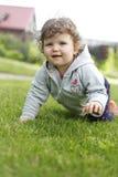 Bebé de arrastre foto de archivo libre de regalías