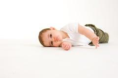 Bebé de arrastre   Imagen de archivo libre de regalías