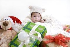 Bebé de arrastre lindo Imágenes de archivo libres de regalías