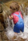 Bebé de la cascada Fotografía de archivo