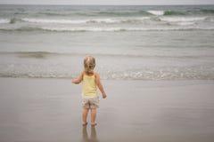 Bebé de la playa Foto de archivo libre de regalías