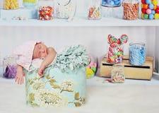Bebé de la tienda del caramelo Imagen de archivo