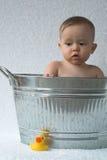Bebé de la tina Foto de archivo libre de regalías