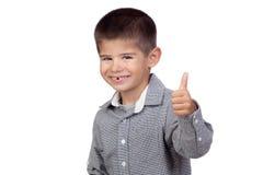 Bebé divertido que dice OK Foto de archivo libre de regalías