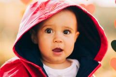 Bebé en el parque Imágenes de archivo libres de regalías