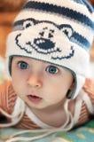 Bebé en el sombrero divertido Foto de archivo libre de regalías