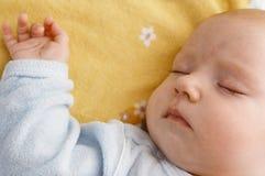 Bebé en pesebre Foto de archivo libre de regalías