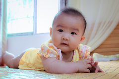 Bebé feliz fotos de archivo