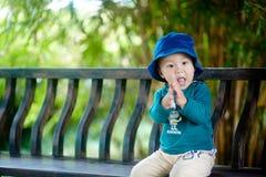 Bebé hermoso foto de archivo