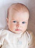 Bebé hermoso del retrato imágenes de archivo libres de regalías
