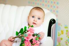 Bebé idoso bonito de 5 meses Imagens de Stock
