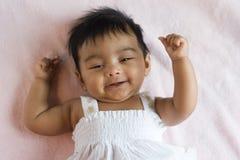 Bebé indio feliz sonriente Imagenes de archivo