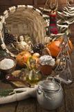 Bebé Jesús en fondo rústico de la Navidad de la cocina Fotografía de archivo libre de regalías