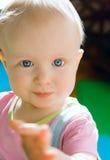Bebé lindo con los ojos azules Imágenes de archivo libres de regalías