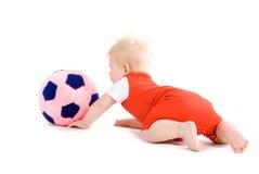 Bebé que joga o futebol imagem de stock royalty free