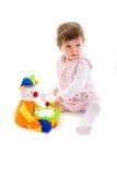 Bebé que juega el recorte fotos de archivo