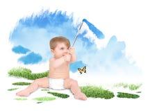Bebé que pinta el cielo verde de la naturaleza imagen de archivo