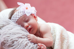 Bebé que se relaja Fotografía de archivo