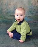 Bebé que se sienta Foto de archivo